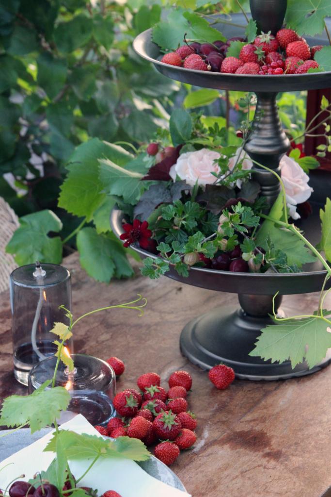 Jordgubbar från trädgården